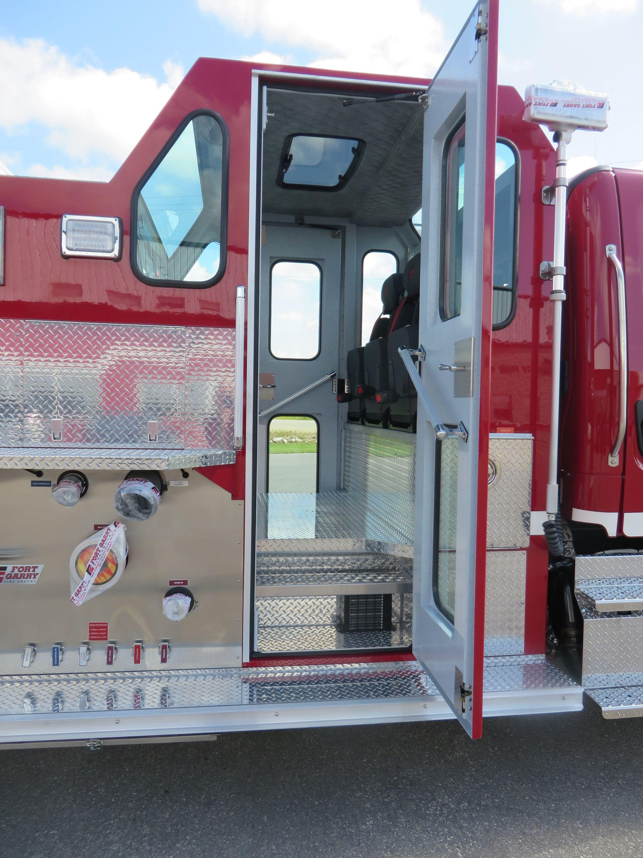 Standard Models Fort Garry Fire Trucks Rescue Engine Pump Panel Diagram Salesman Gil Bradet Nordique Protection1412 Centennial Street Whitehorse Yukonphone 867 333 35363email Nordiquenorthwestelnet